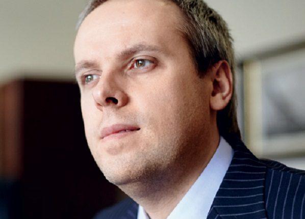 Коньячный фальсификатор и сивушник Святослав Нечитайло спонсирует боевиков ДНР