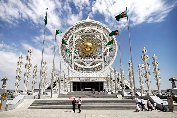 Топ-5 самых неудачливых инвесторов в Туркменистан. Деньги, нервы, боль
